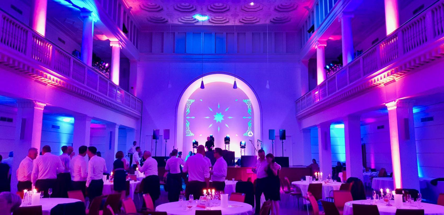 HCC Beleuchtung für Veranstaltung von blacklight Hannover